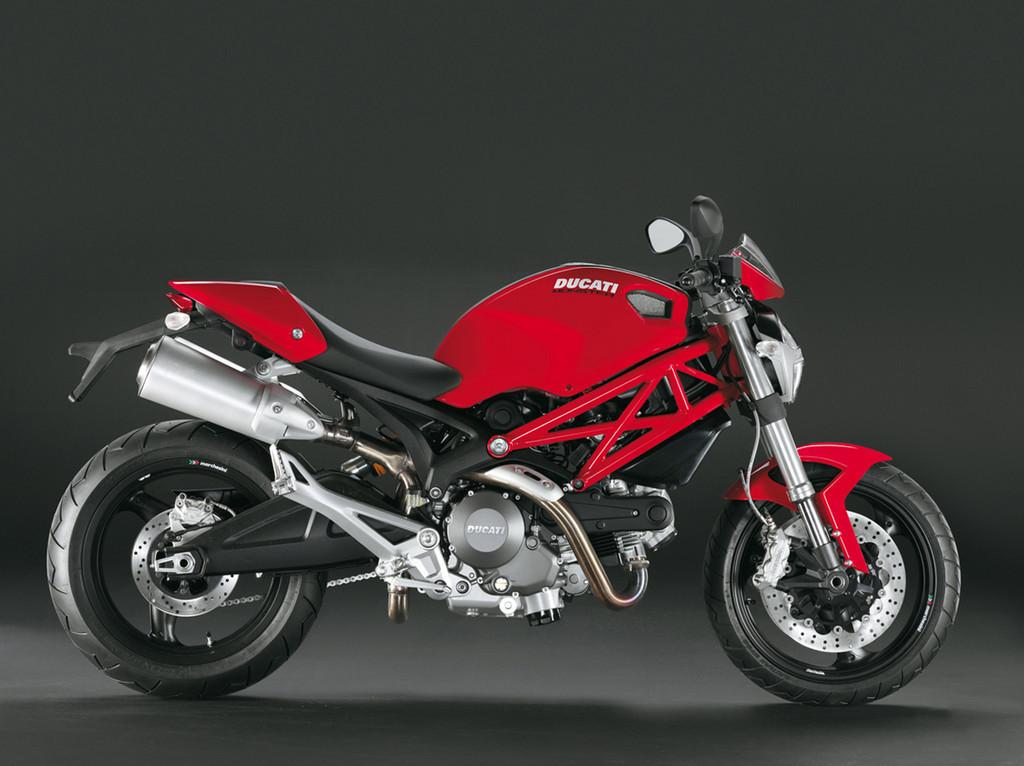 Foto de Ducati revela la Monster 696 Plus (1/2)