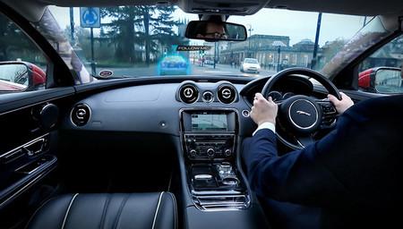 "Jaguar Land Rover ""Urban Windscreen"", o la tecnología de pilares 'transparentes'"