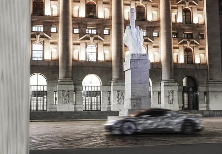 Maserati MC20 comienza a pasearse en las calles de Italia