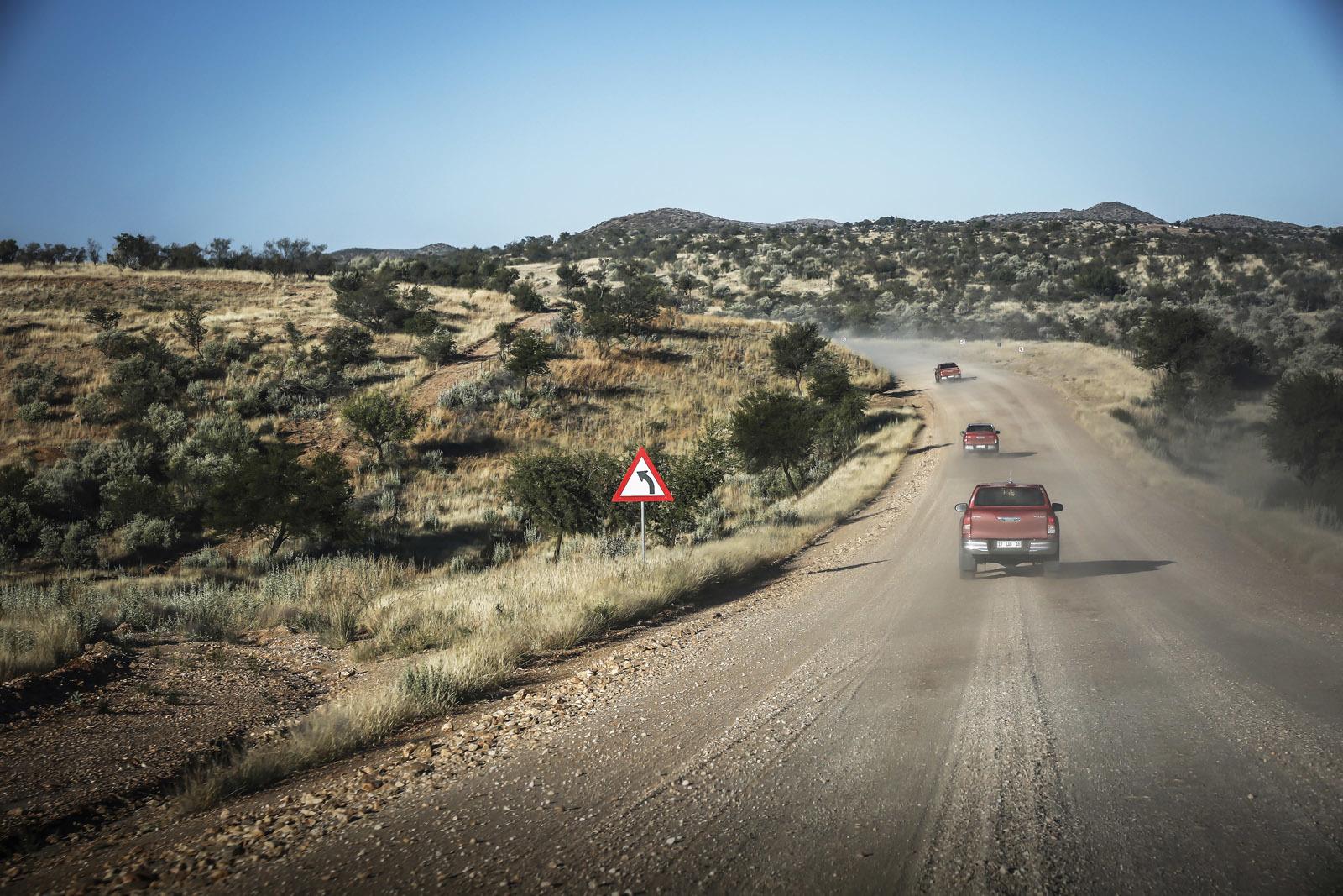Foto de Toyota Hilux 2016 Namibia (47/74)