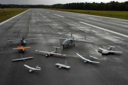 ¿Quién se rebela contra los drones? Los pilotos de pequeños aviones para fotos y topografía