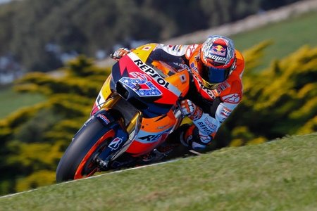 MotoGP Australia 2011: empieza el día, empieza la romería