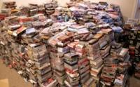 Sí, yo tuve un VHS y os juro que la primera vez que lo usé no era tan inútil como estos niños