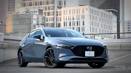 Mazda 3 turbo, a prueba: rápido, cómodo y preciso, pero no es un hot-hatch (+ video)