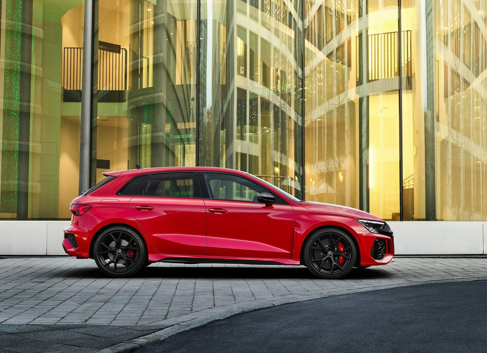 Foto de Audi RS 3 2022 (68/99)