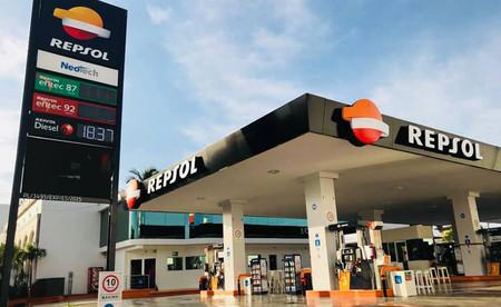 España ya tiene su primer punto de carga ultrarrápida para coches eléctricos: lo instala Repsol