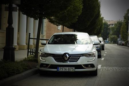 Renault podría renunciar a una parte de Nissan para garantizar la fusión con Fiat