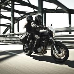 Foto 8 de 111 de la galería husqvarna-nuda-900-y-900r-datos-y-fotos-oficiales en Motorpasion Moto