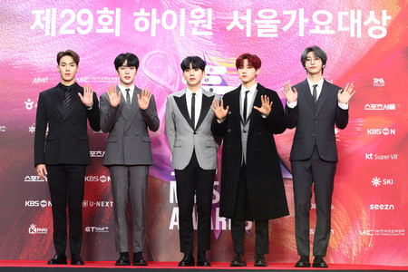 Monsta X The 29th Seoul Music Awards Red Carpet