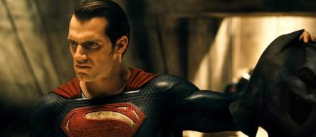 Taquilla española | 'Batman v Superman' se queda por debajo de lo esperado