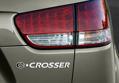 Citroën C-Crosser, datos e imágenes