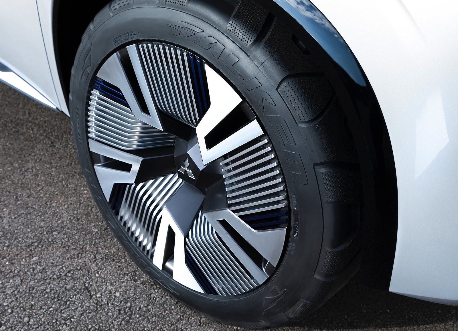Foto de Mitsubishi Engelberg Tourer Concept (34/34)