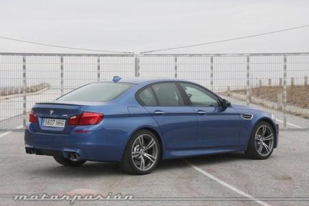 BMW M5, prueba (equipamiento y seguridad)