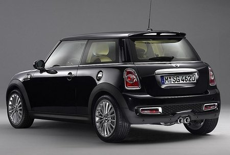 Rolls-Royce le da su propio toque al Mini Goodwood