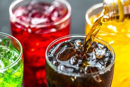 Cuatro buenas razones para decirle adiós a los refrescos y los mejores consejos para lograrlo