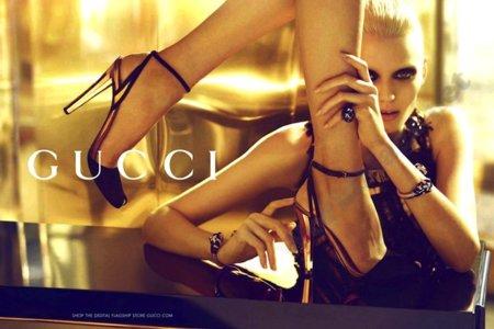 Milla de oro, pisada de oro. La campaña de Gucci Verano 2012 pisa con garbo