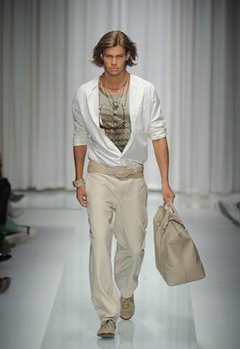Versace, Primavera-Verano 2010 en la Semana de la Moda de Milán
