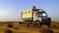 De luna de miel por el mundo con un Mercedes-Benz Unimog