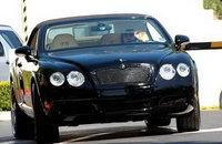 Victoria Beckham y su Bentley Continental GTC