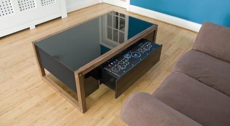 Surface Tension y sus mesas de salón para jugones, las que todos queremos