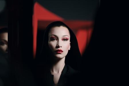 Bella Hadid Dior Halloween Makeup03