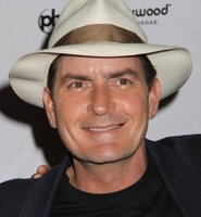 Charlie Sheen protagonizará la nueva película de Roman Coppola