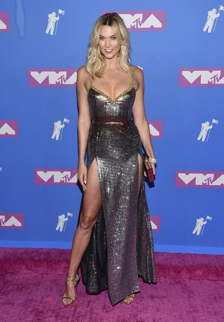 Alfombra Roja Mtv Video Music Awards 2018 Karlie Kloss Elie Saab