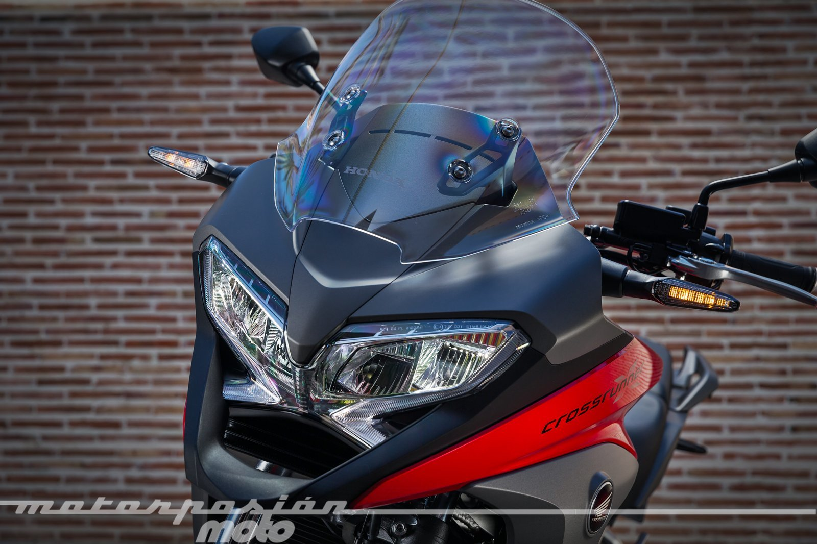 Foto de Honda VFR800X Crossrunner - Detalles (24/56)