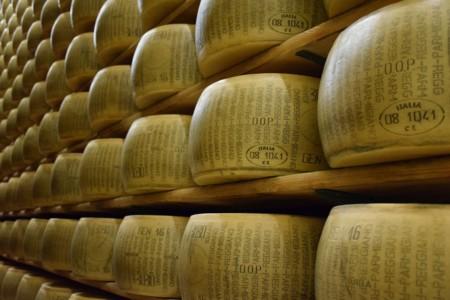 Parmigiano Reggiano 1574185 1280