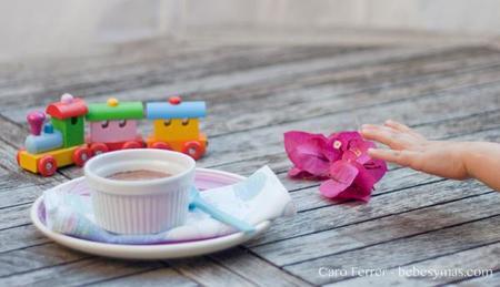 Cocinar con niños: mousse de chocolate sin azúcar y sin nata