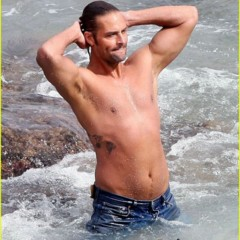Fotos desnudas de Josh Holloway