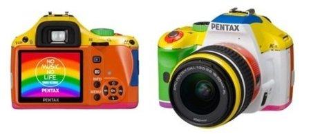 Pentax Rainbow K-x, un espectáculo de color