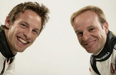 Jenson Button y Rubens Barrichello, dos pilotos lastrados por una caja de zapatos