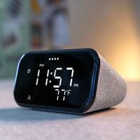 El Lenovo Smart Clock es un nuevo reloj inteligente con Google Assistant que parece un despertador normal
