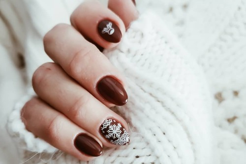 La Navidad está al caer: preparamos nuestras uñas con estas 24 manicuras festivas
