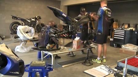 Cómo construir una Yamaha YZF-R1 del AMA de Superbike en cinco horas