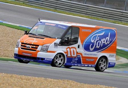 Curiosidades en Competición. Ford Transit Trophy