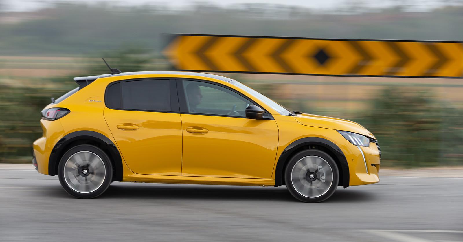 Foto de Peugeot 208 2020 (14/23)