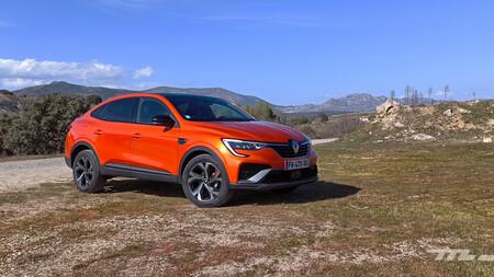 Probamos el Renault Arkana 140 MHEV, el insólito SUV coupé generalista que quiere ser la alternativa a los implacables alemanes