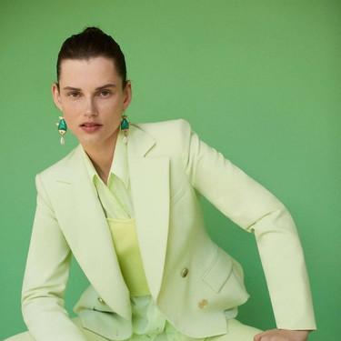 Los total looks invaden la nueva colección de Zara con tonalidades y estampados repletos de tendencia