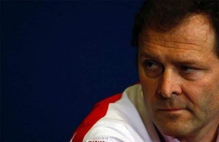 "Ferrari se ""carga"" a Aldo Costa"