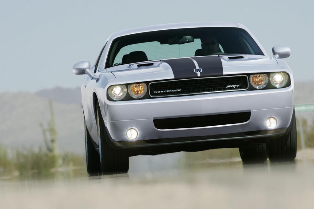 Foto de Dodge Challenger SRT8 (97/103)