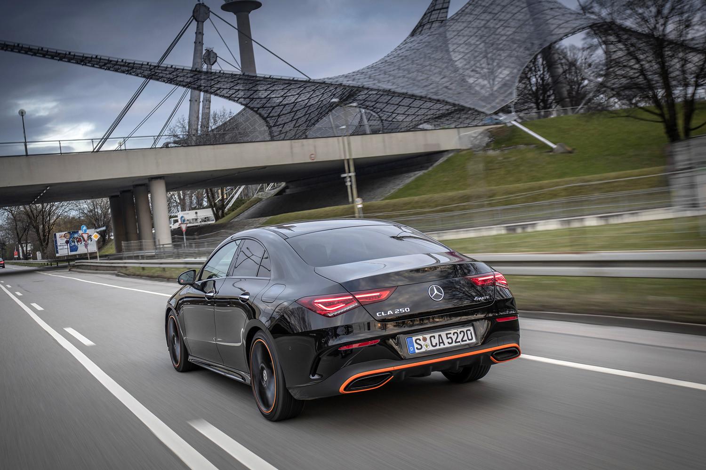 Foto de Mercedes-Benz CLA Coupé 2019, toma de contacto (150/248)