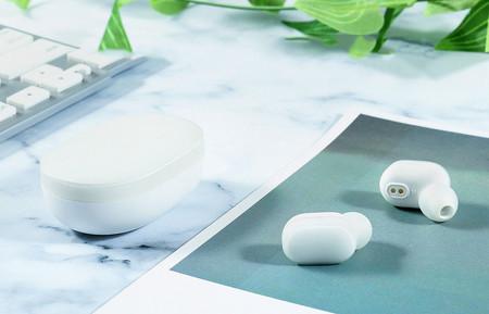 El nuevo chip de Qualcomm promete cancelación de ruido y asistentes de voz en auriculares inalámbricos de gama de entrada