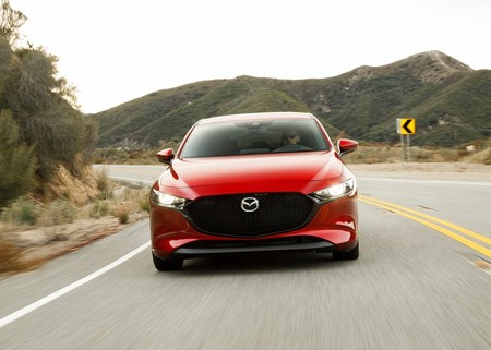 Mazda lanzará su primer auto eléctrico en 2020