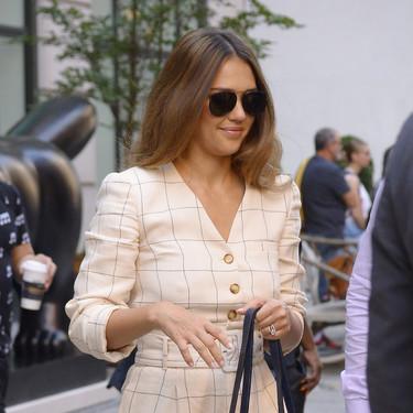 Cuatro looks cuatro aciertos: a Jessica Alba no hay modelito que se le resista