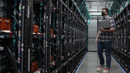 Oracle se une a AWS, Google, Microsoft e IBM y abrirá su zona cloud en España