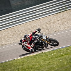 Foto 38 de 68 de la galería ducati-monster-1200-s-2020-color-negro en Motorpasion Moto