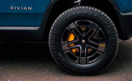 Rivian Pirelli Scorpion Elect.