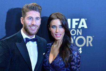 ¡Y seguimos entre alfombras rojas! Ahora llega la del Balón de Oro y ¡gol para Cristiano!